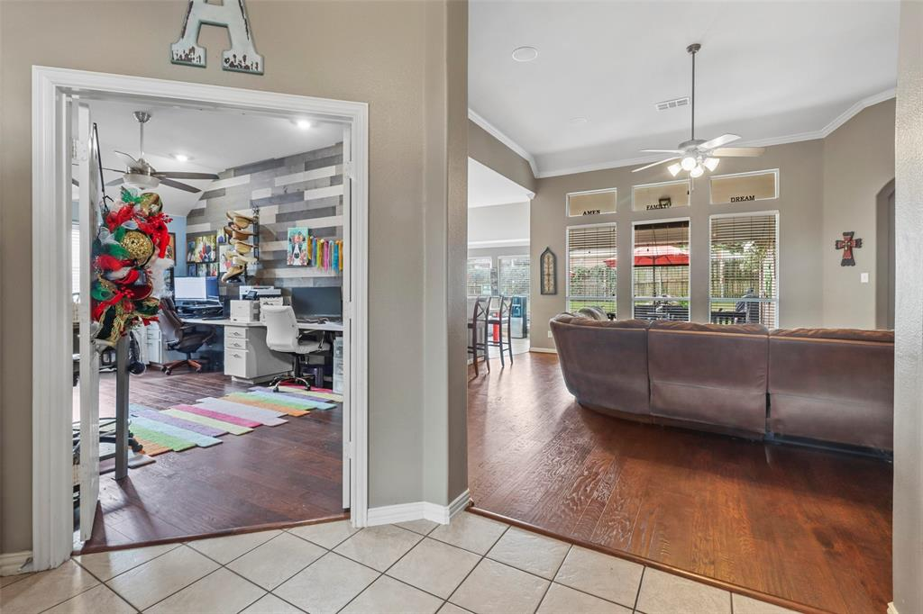 Pending | 118 Indian Paint Drive Justin, Texas 76247 12