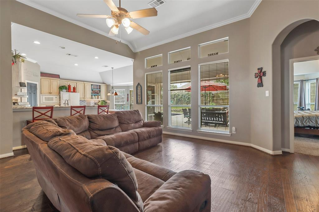 Pending | 118 Indian Paint Drive Justin, Texas 76247 15