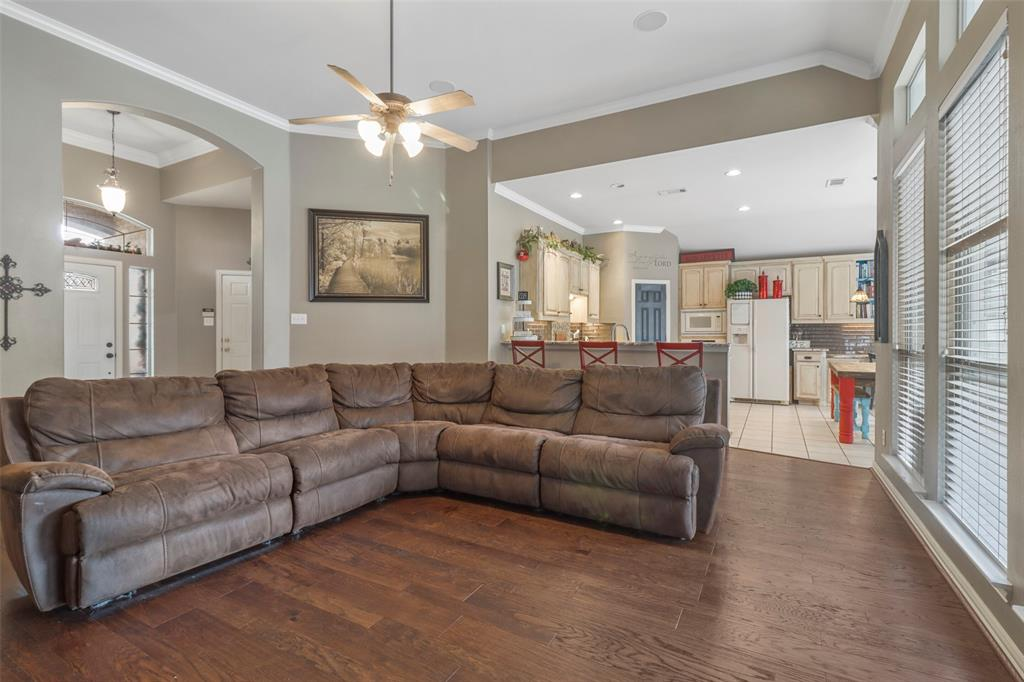 Pending | 118 Indian Paint Drive Justin, Texas 76247 16