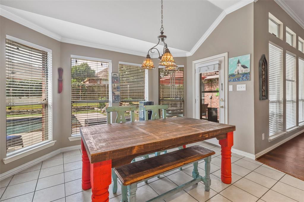 Pending | 118 Indian Paint Drive Justin, Texas 76247 25