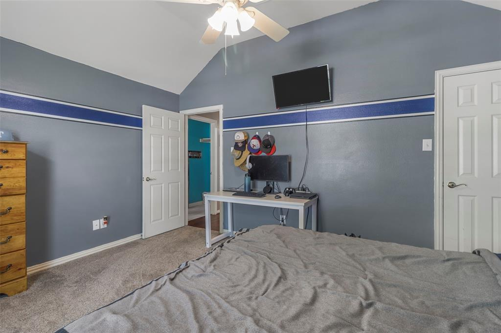 Pending | 118 Indian Paint Drive Justin, Texas 76247 34