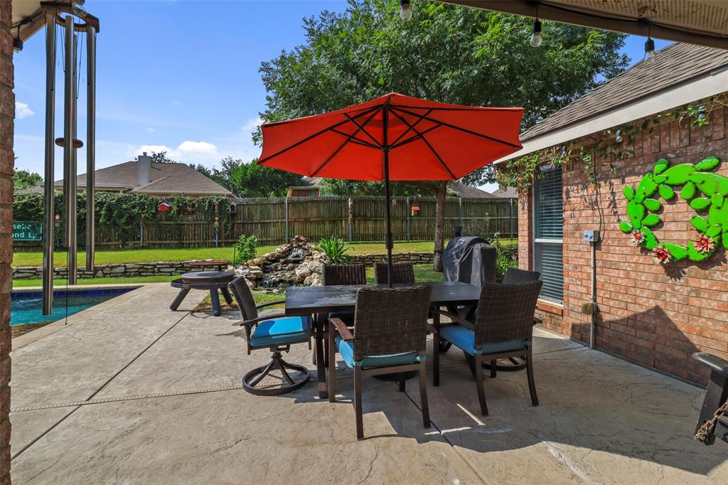 Pending | 118 Indian Paint Drive Justin, Texas 76247 6