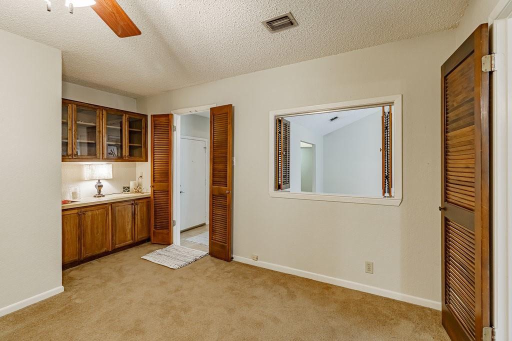 Closed | 6900 Narrow Oak Trail Austin, TX 78759 7