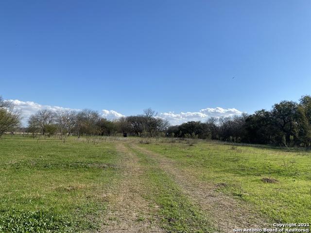 Active   273 W County Road 672 Natalia, TX 78059 5