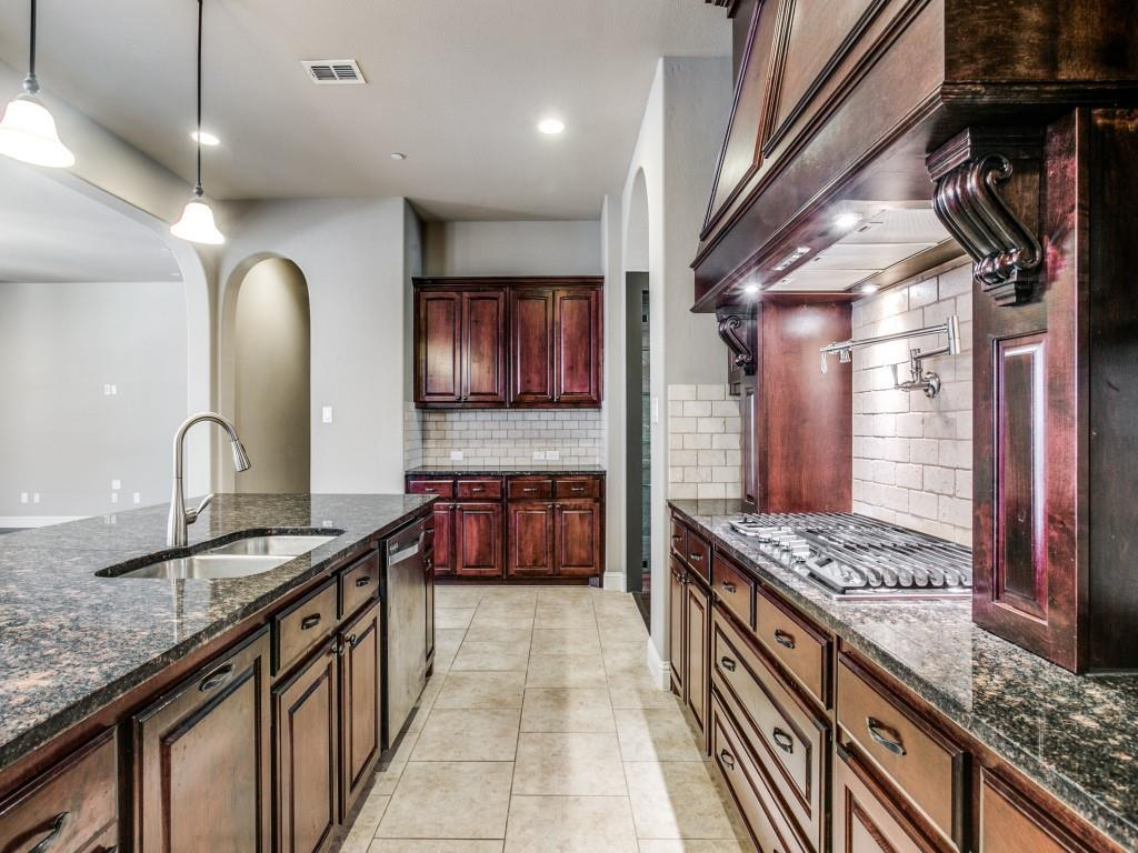 Pending   517 Fisher Drive Trophy Club, Texas 76262 14