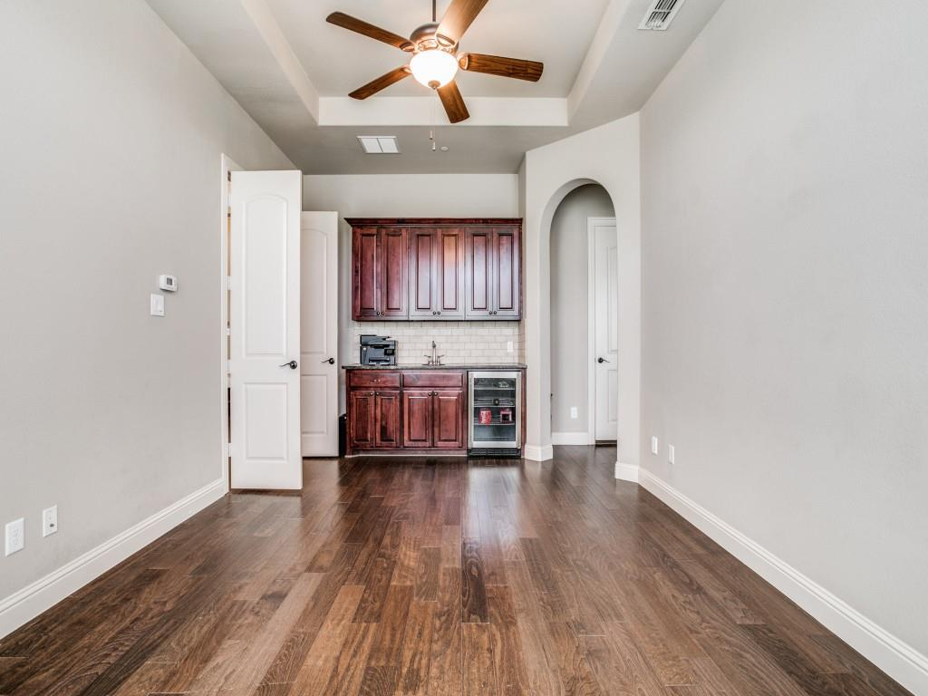 Pending   517 Fisher Drive Trophy Club, Texas 76262 30