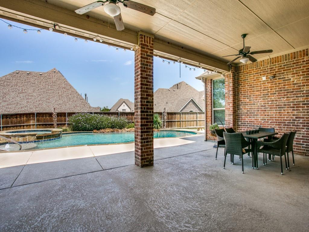 Pending   517 Fisher Drive Trophy Club, Texas 76262 34