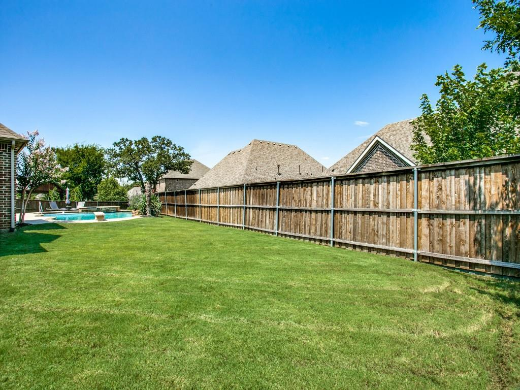 Pending   517 Fisher Drive Trophy Club, Texas 76262 38