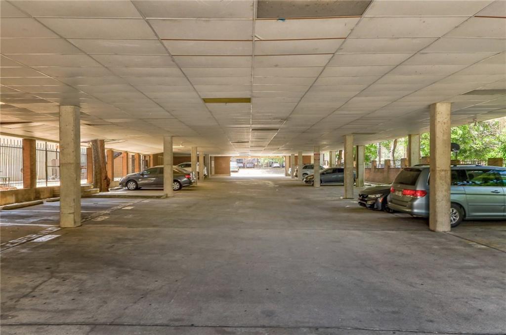 Active | 2802 Nueces Street #211 Austin, TX 78705 11