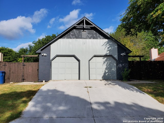 Active/Application Received | 14433 WOODS HOLE DR San Antonio, TX 78233 0