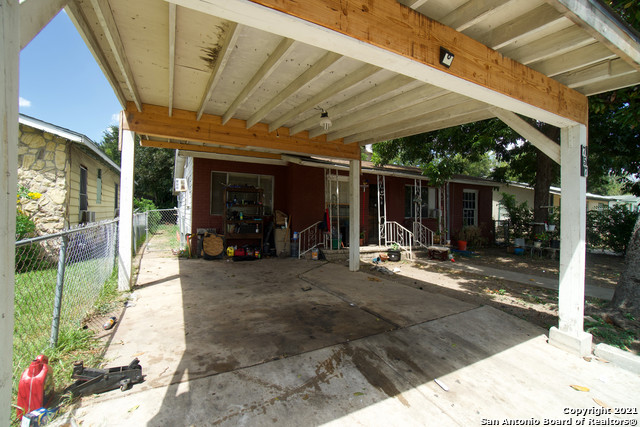 Active Option | 757 BRUNSWICK BLVD San Antonio, TX 78214 3