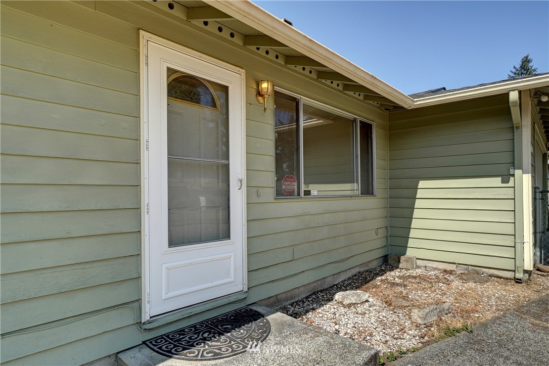 Sold Property | 30623 9th Avenue S Federal Way, WA 98003 2