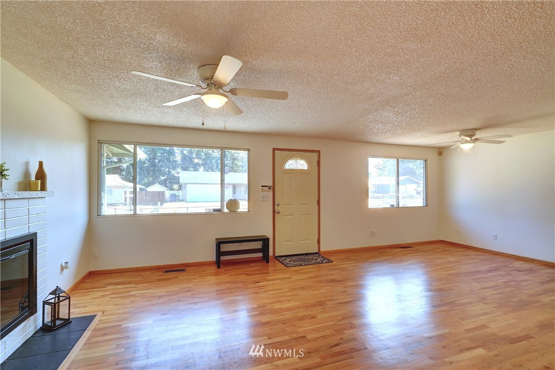 Sold Property | 30623 9th Avenue S Federal Way, WA 98003 4