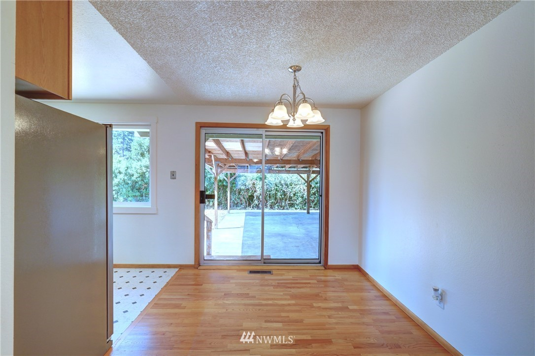Sold Property | 30623 9th Avenue S Federal Way, WA 98003 8