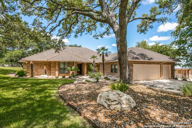 Pending   29358 Duberry Ridge Fair Oaks Ranch, TX 78015 1