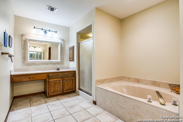Pending   29358 Duberry Ridge Fair Oaks Ranch, TX 78015 21