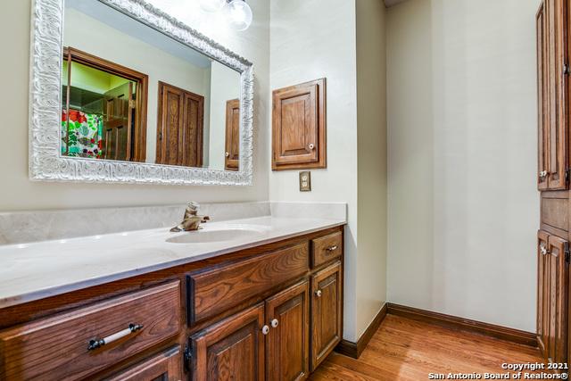 Pending   29358 Duberry Ridge Fair Oaks Ranch, TX 78015 24