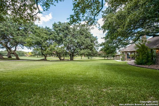 Pending   29358 Duberry Ridge Fair Oaks Ranch, TX 78015 33