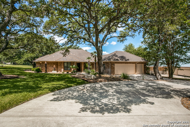 Pending   29358 Duberry Ridge Fair Oaks Ranch, TX 78015 34