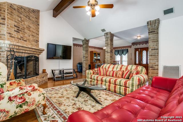 Pending   29358 Duberry Ridge Fair Oaks Ranch, TX 78015 5