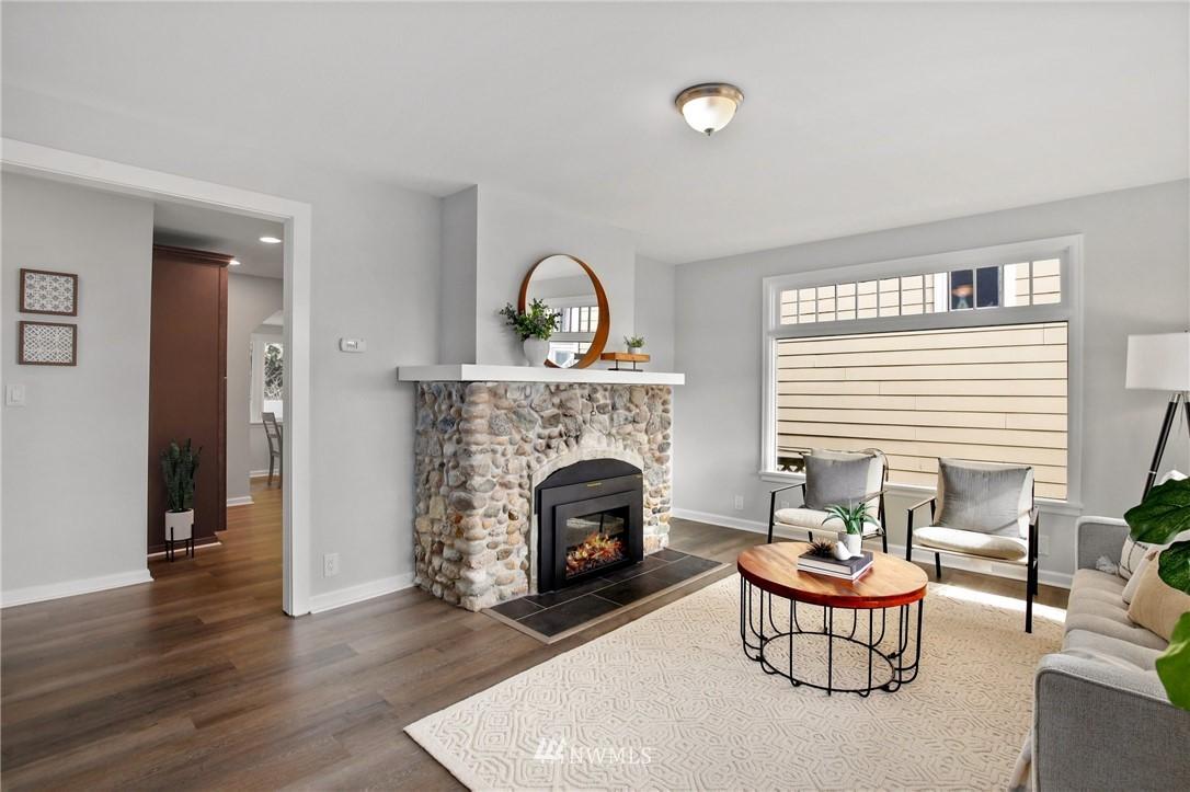 Sold Property | 9315 48th Avenue S Seattle, WA 98118 4