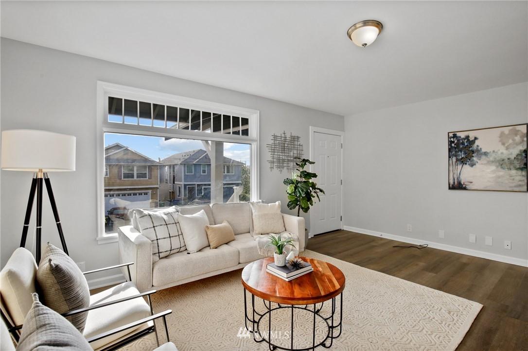 Sold Property | 9315 48th Avenue S Seattle, WA 98118 5