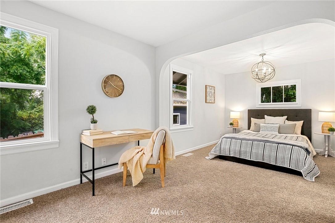 Sold Property | 9315 48th Avenue S Seattle, WA 98118 13