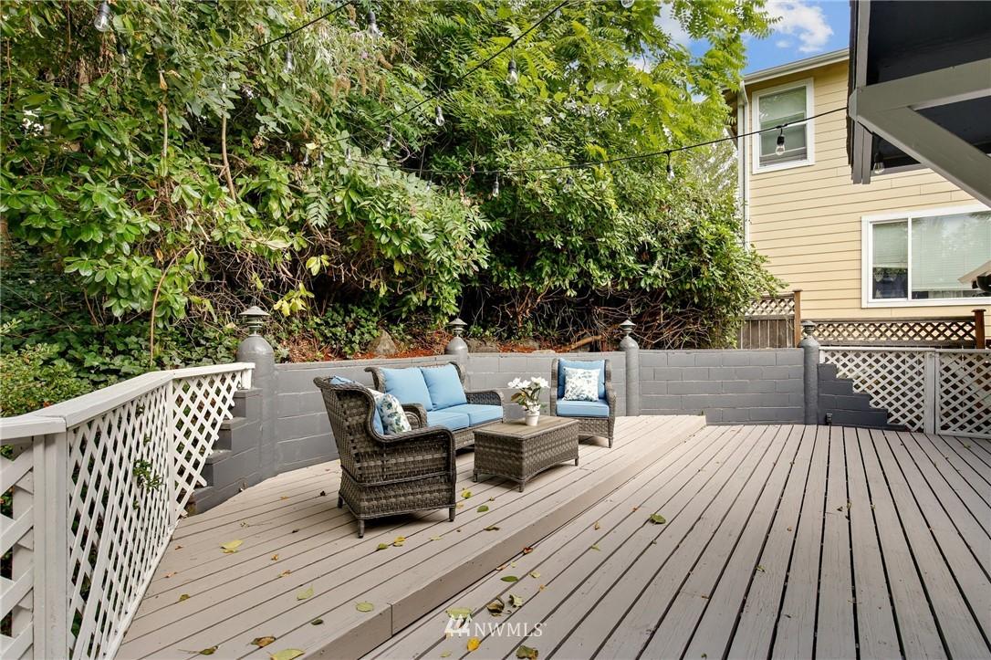 Sold Property | 9315 48th Avenue S Seattle, WA 98118 24