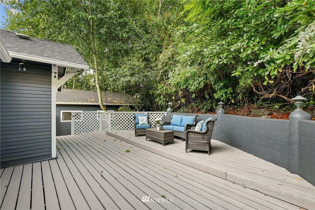 Sold Property | 9315 48th Avenue S Seattle, WA 98118 25