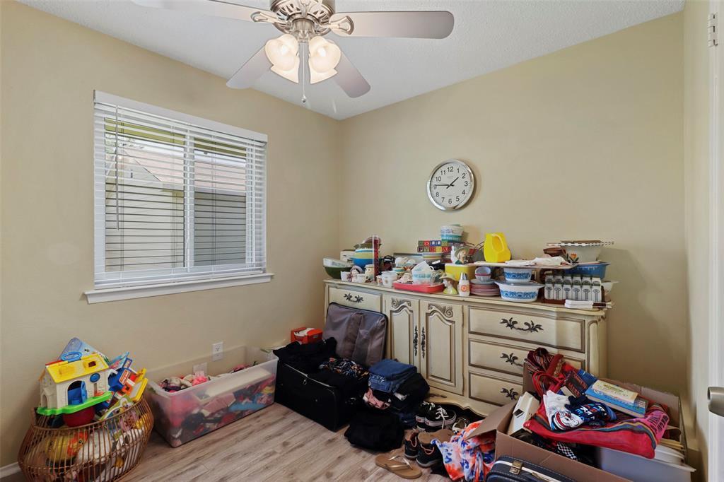 Pending | 313 W Ash Lane Euless, Texas 76039 20