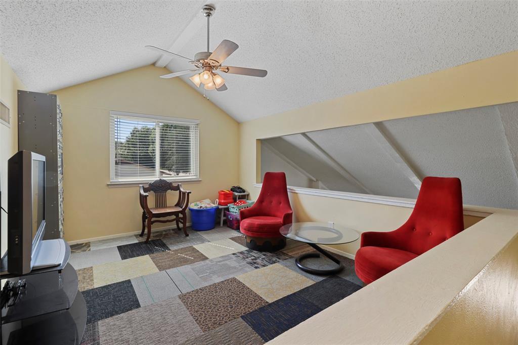 Pending | 313 W Ash Lane Euless, Texas 76039 26