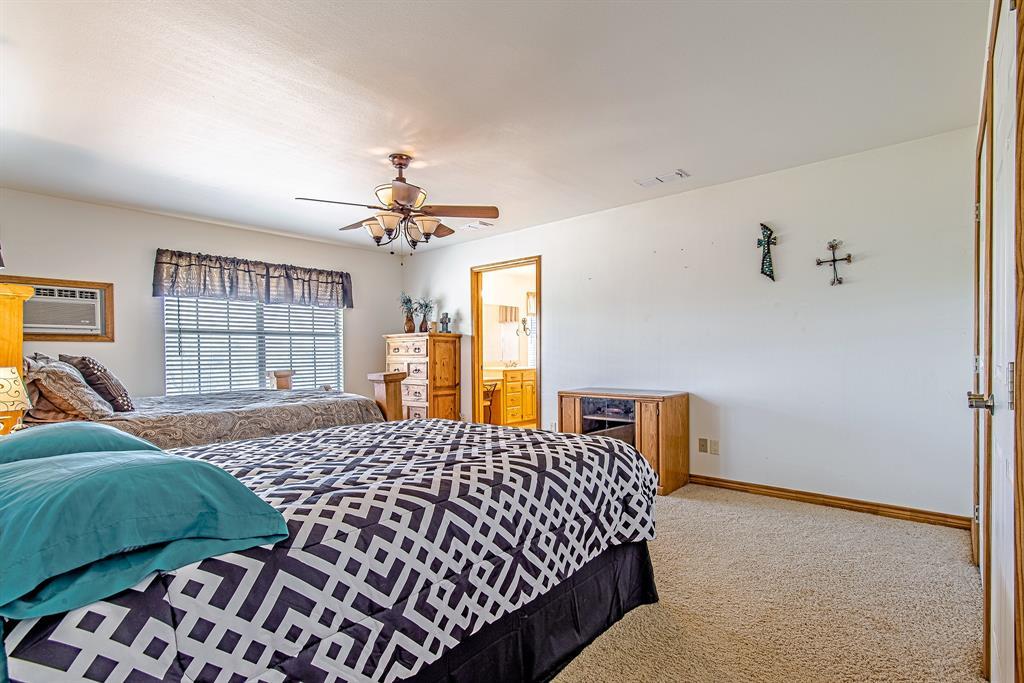 Active | 1084 County Road 154 Burkett, Texas 76828 16