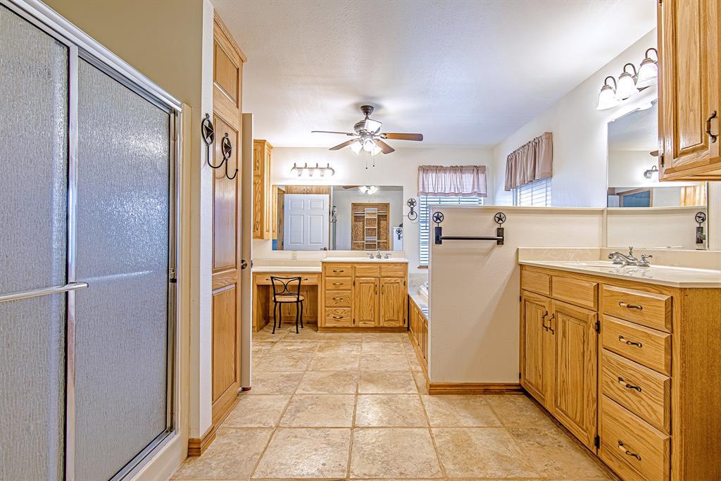 Active | 1084 County Road 154 Burkett, Texas 76828 20