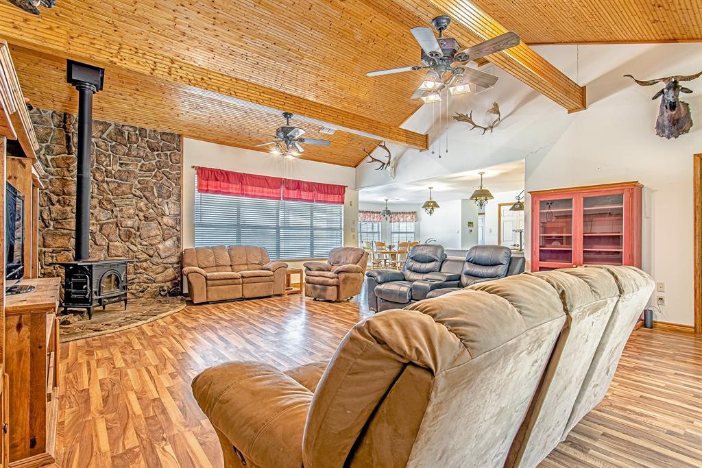 Active | 1084 County Road 154 Burkett, Texas 76828 8