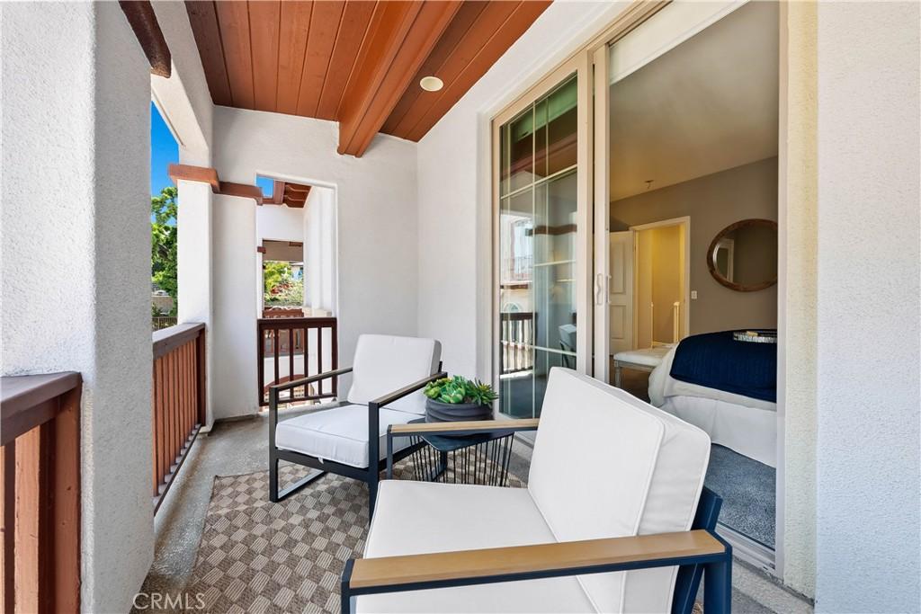 ActiveUnderContract | 64 Palos Verdes Boulevard Redondo Beach, CA 90277 21