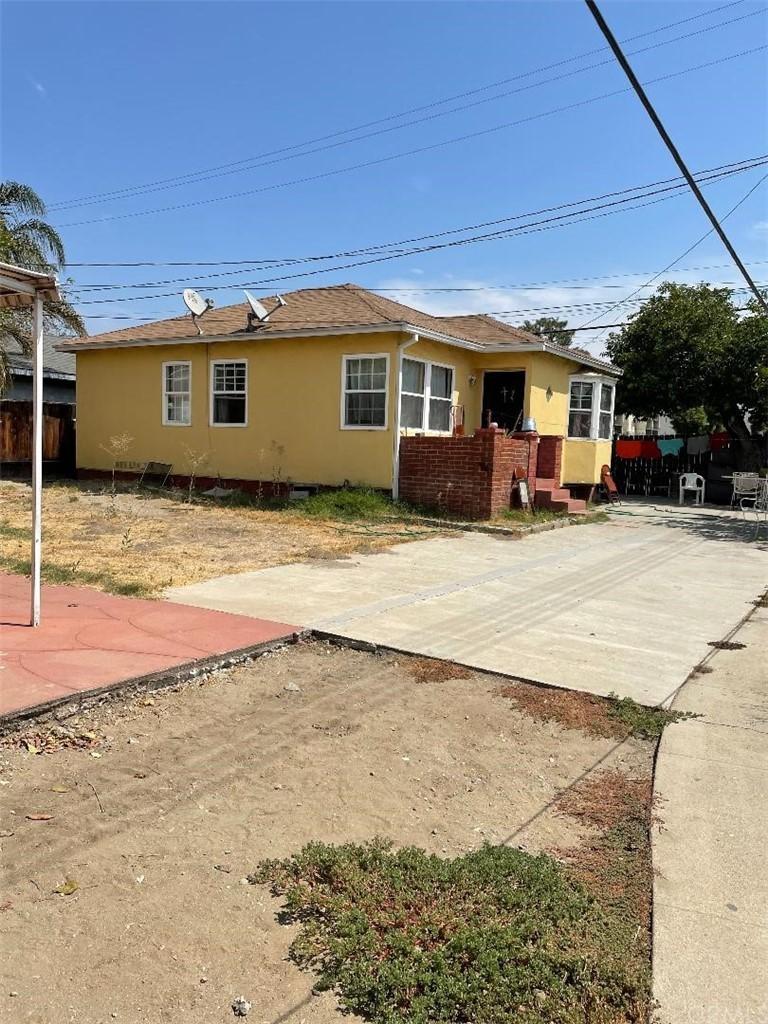 Active   556 N East End Avenue Pomona, CA 91767 12