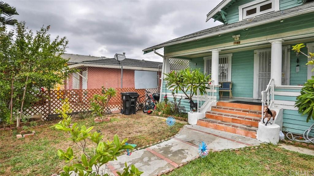 Active   1563 E 33rd Los Angeles, CA 90011 27