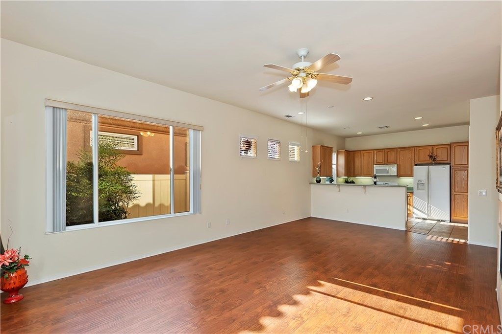 Pending | 4929 Rolling Hills Avenue Banning, CA 92220 13