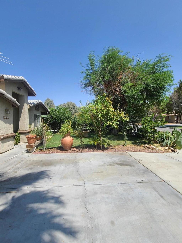 Off Market   51363 Avenida Carranza La Quinta, CA 92253 2