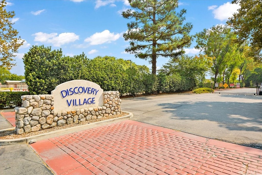 Pending   8724 Pine Crest Place Rancho Cucamonga, CA 91730 17