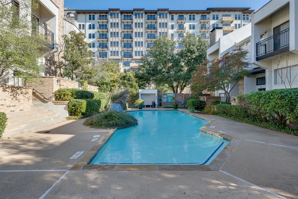 Active   3515 Brown Street #124 Dallas, Texas 75219 32