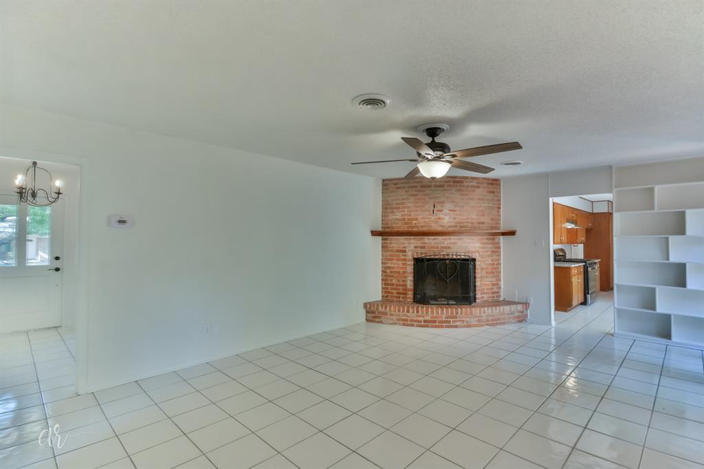 Pending   3225 High Meadows Drive Abilene, Texas 79605 13