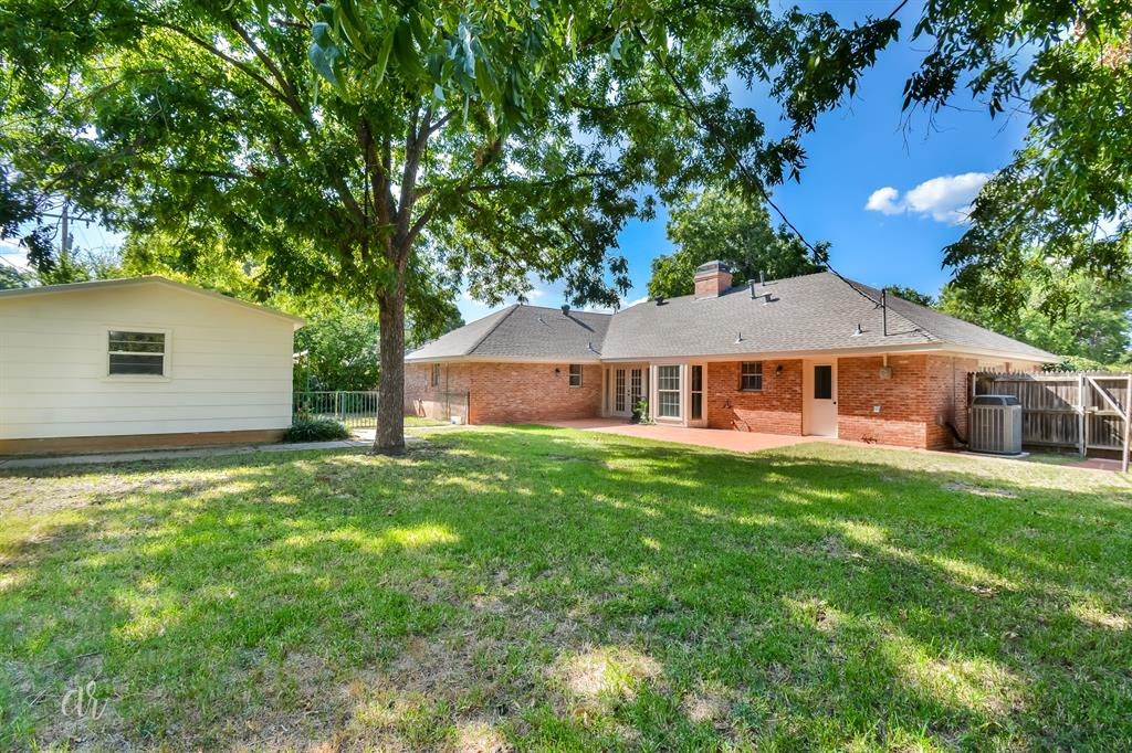 Pending   3225 High Meadows Drive Abilene, Texas 79605 35