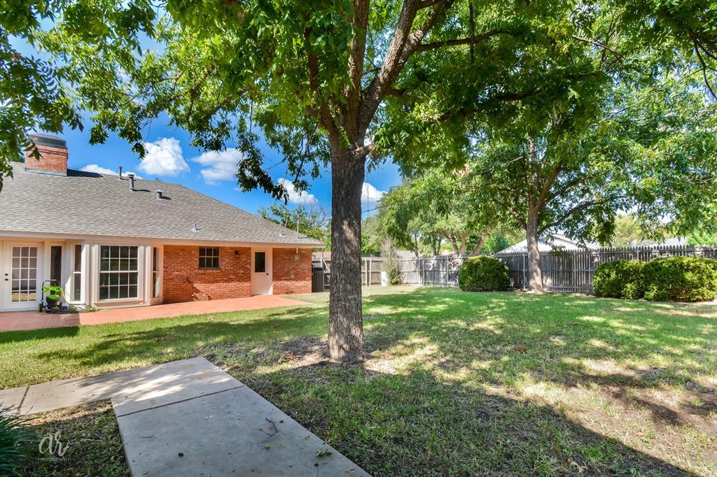Pending   3225 High Meadows Drive Abilene, Texas 79605 36