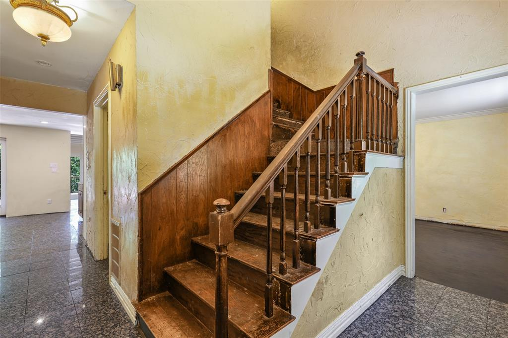 Active Option Contract | 109 Shadywood Lane Richardson, Texas 75080 32