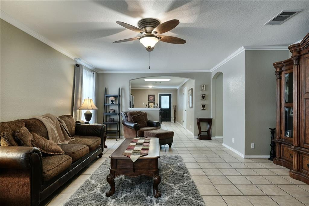 Closed | 206 Stanford Drive Leander, TX 78641 2