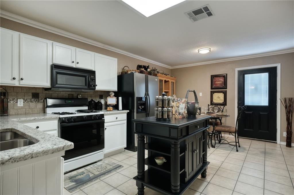Closed | 206 Stanford Drive Leander, TX 78641 3