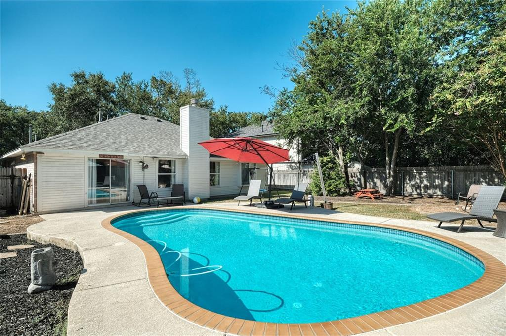 Closed   715 Spring Hollow Drive Leander, TX 78641 0