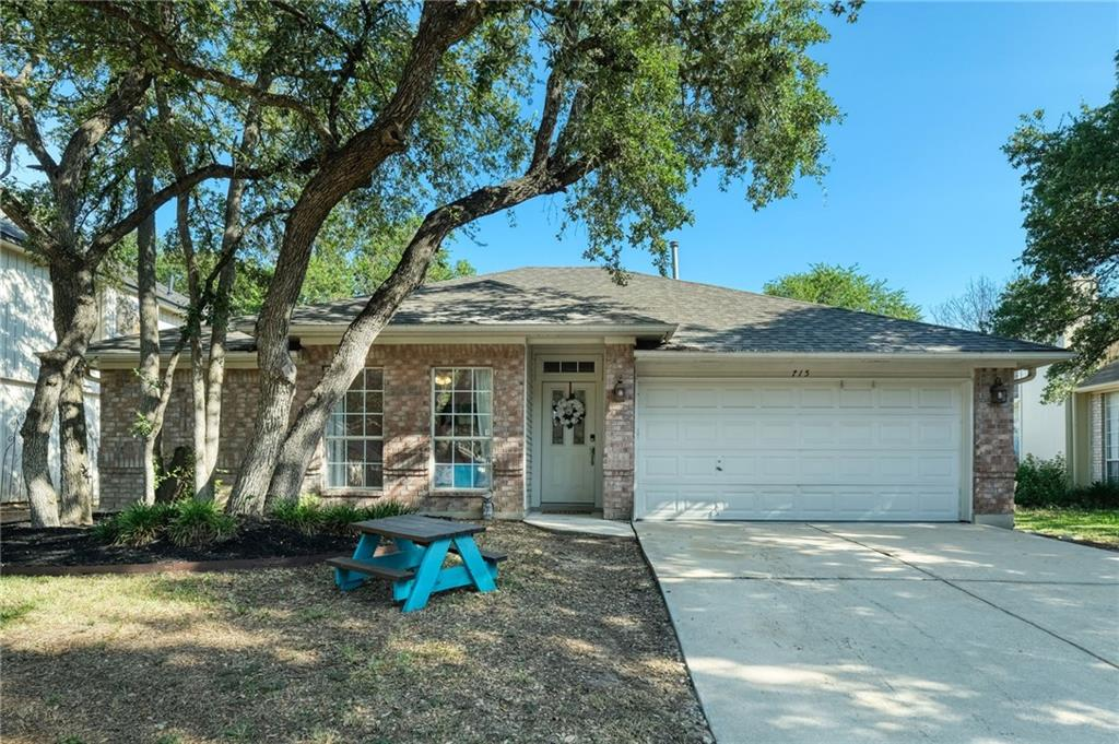 Closed   715 Spring Hollow Drive Leander, TX 78641 1