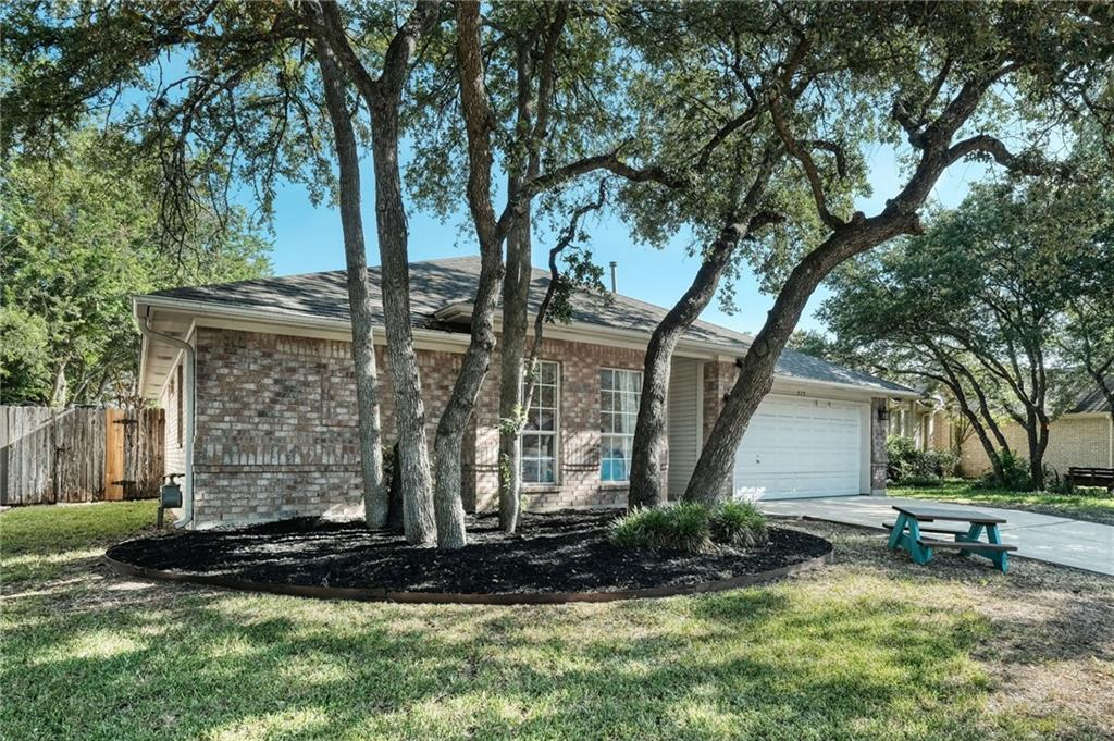 Closed   715 Spring Hollow Drive Leander, TX 78641 2